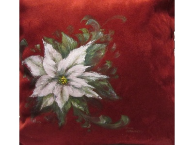 casual_white_poinsettia_cover_photocloseup